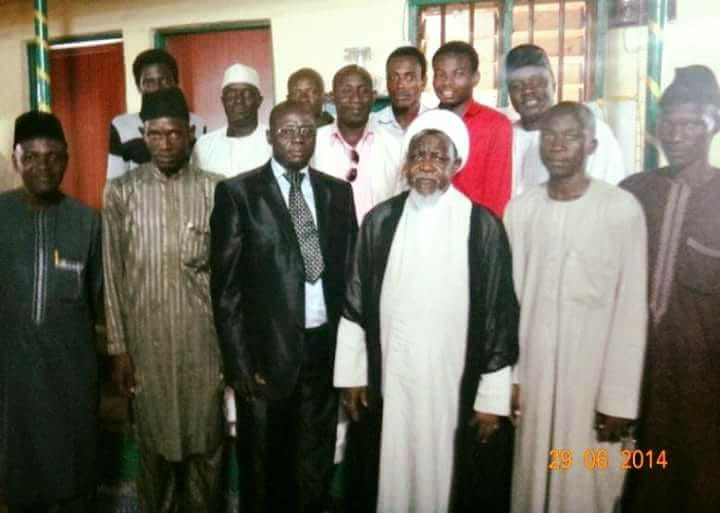 sheikh zakzaky in a group picture