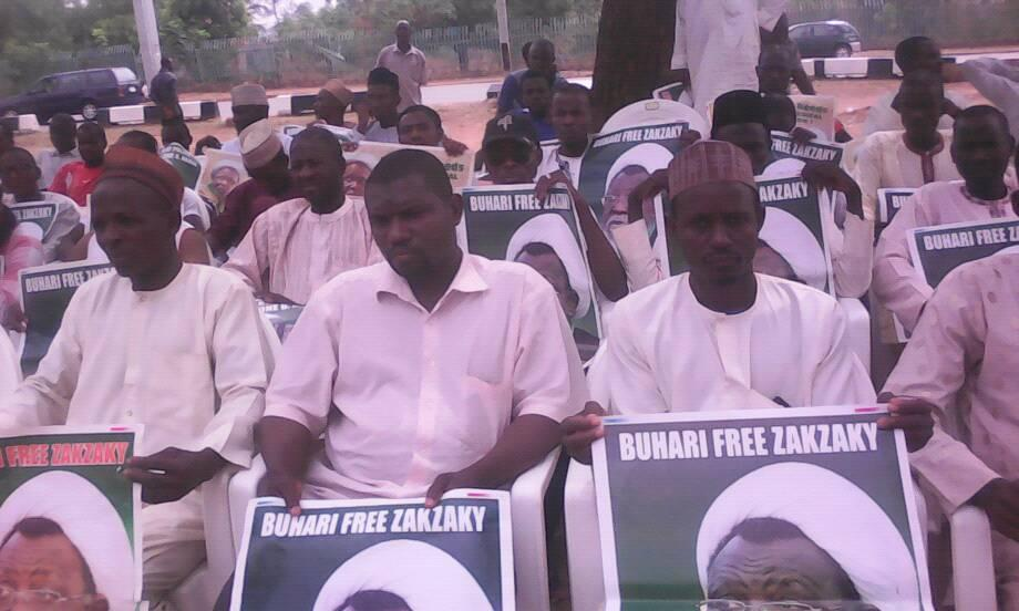 daily sit out by concerned nigerians in  abuja on 26 feb