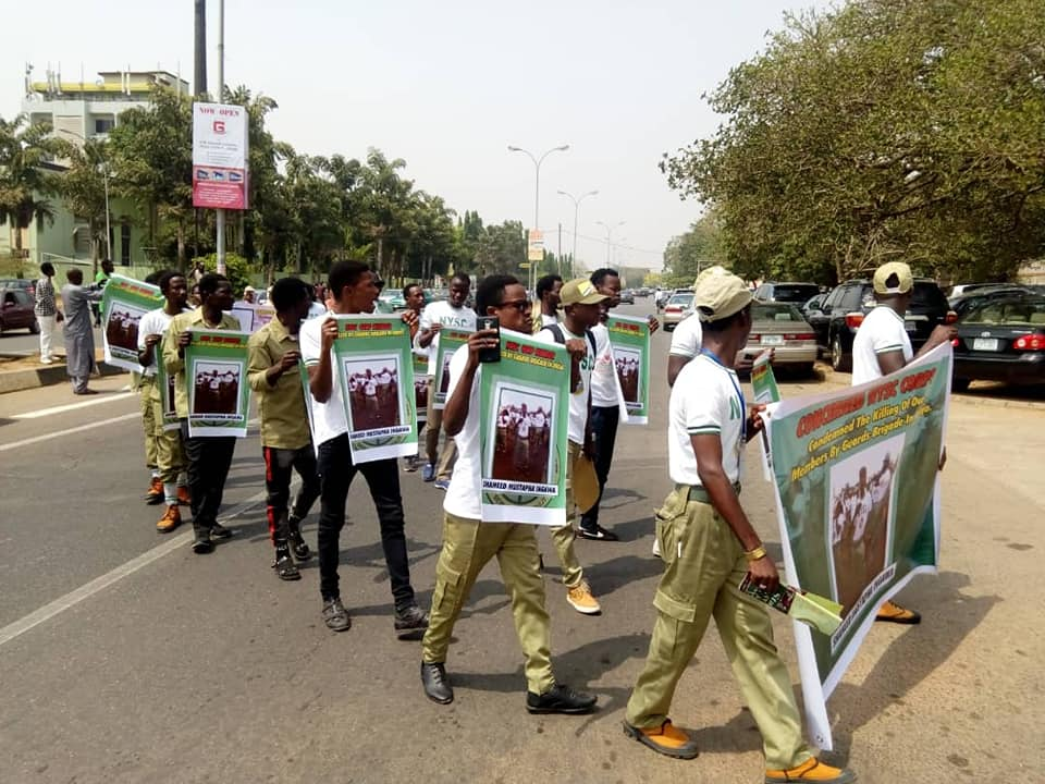 nysc staged free zakzaky protest in abuja